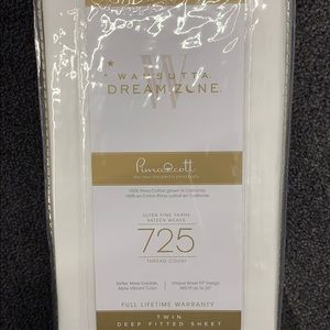725 Count Cotton Twin White Fitted Sheet